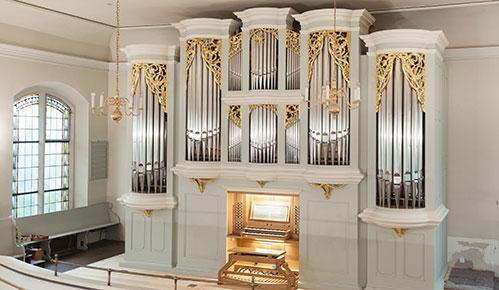 Die neue Fischer+Krämer-Orgel in der Martin-Luther-Kirche